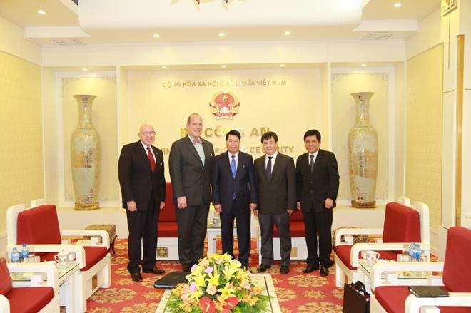 Thứ trưởng Bùi Văn Nam tiếp Trợ lý Ngoại trưởng Hoa Kỳ - Ảnh minh hoạ 2
