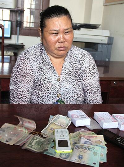 An Giang: Bán ma túy trước cổng ký túc xá bị bắt quả tang