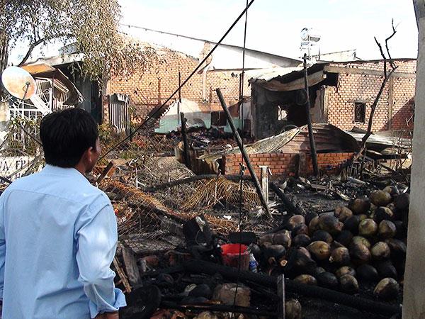 An Giang: 5 căn nhà bị bà hỏa