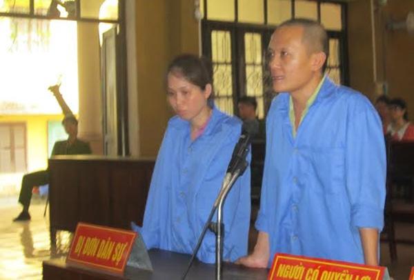 Vợ chồng Dương - Anh tại phiên tòa. Ảnh: CTV.