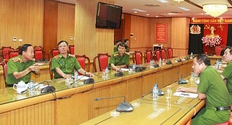 Hoàn thiện phim tài liệu nghiệp vụ chuyên án giết người ở Bình Phước phục vụ công tác