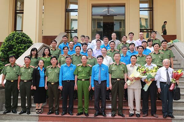 Bộ Công an ký Quy chế phối hợp với Tổng Liên đoàn Lao động Việt Nam1 - Ảnh minh hoạ 3