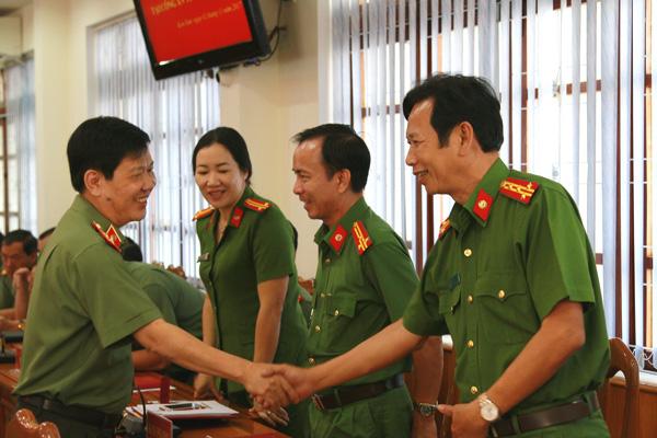 Thứ trưởng Nguyễn Văn Sơn thăm và làm việc tại Công an Kon Tum và Trại giam Gia Trung - Ảnh minh hoạ 3
