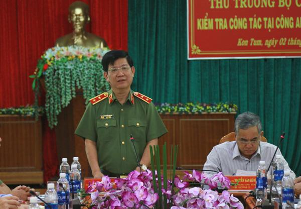 Thứ trưởng Nguyễn Văn Sơn thăm và làm việc tại Công an Kon Tum và Trại giam Gia Trung - Ảnh minh hoạ 2