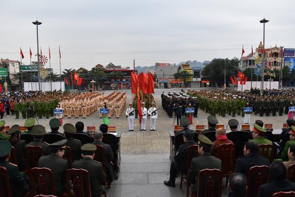 Công an tỉnh Ninh Bình ra quân đảm bảo ANTT Tết Nguyên đán - Ảnh minh hoạ 2