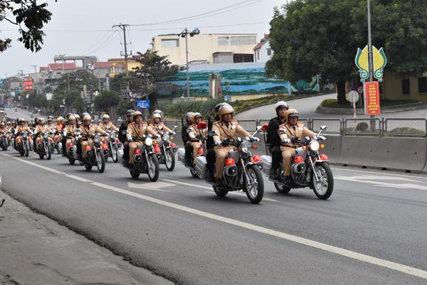 Công an tỉnh Ninh Bình ra quân đảm bảo ANTT Tết Nguyên đán - Ảnh minh hoạ 3