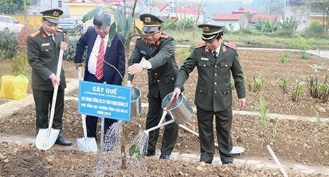 """Tổ chức Lễ ra quân """"Mùa xuân trồng cây thuốc quý"""""""