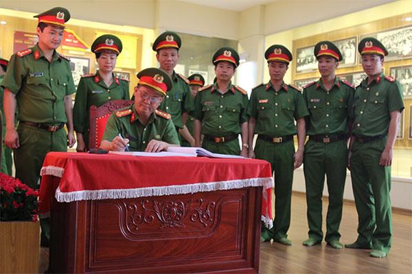 Trường Trung cấp Cảnh sát vũ trang báo công tại Khu Di tích lịch sử Nhã Nam - Ảnh minh hoạ 2