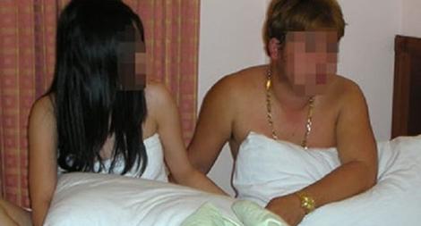 Khi nào thì người mua dâm bị phạt tù?