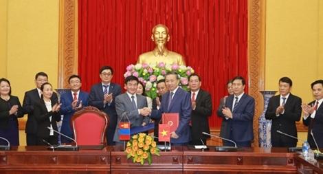 Việt Nam – Mông Cổ thúc đẩy quan hệ hợp tác lên tầm cao mới