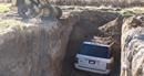 Đào mồ chôn Range Rover chứ nhất định không sửa