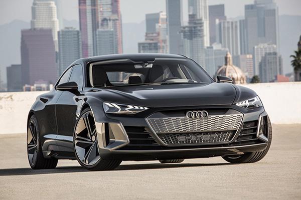 Audi cũng đã công bố đầu tư 15,8 tỉ USD vào các lĩnh vực xe điện và xe tự lái.