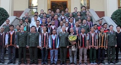 Gặp mặt Đoàn đại biểu người có uy tín tiêu biểu trong dân tộc thiểu số tỉnh Gia Lai