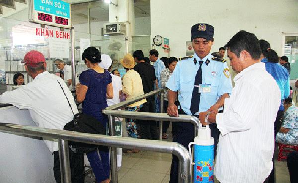 Lực lượng bảo vệ có vai trò quan trọng để gìn giữ an ninh bệnh viện.
