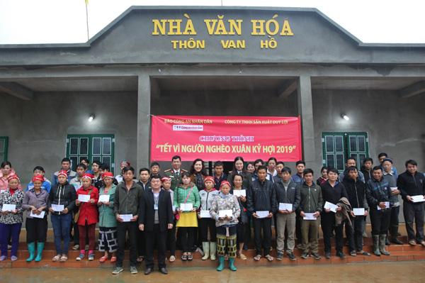 200 suất quà Tết sớm đến với đồng bào nghèo tỉnh Lào Cai