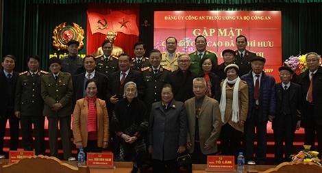 Gặp mặt, chúc Tết nguyên lãnh đạo Bộ Công an, sĩ quan Công an cao cấp qua các thời kỳ