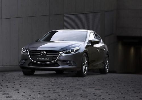Mazda có 2 mẫu xe gió mặt trong to 10 doanh số bán hàng cao nhất tháng 1-2019.