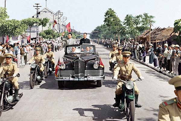 Cố Chủ tịch Kim Nhật Thành ưa chuộng dòng xe ZIS do Liên Xô sản xuất.
