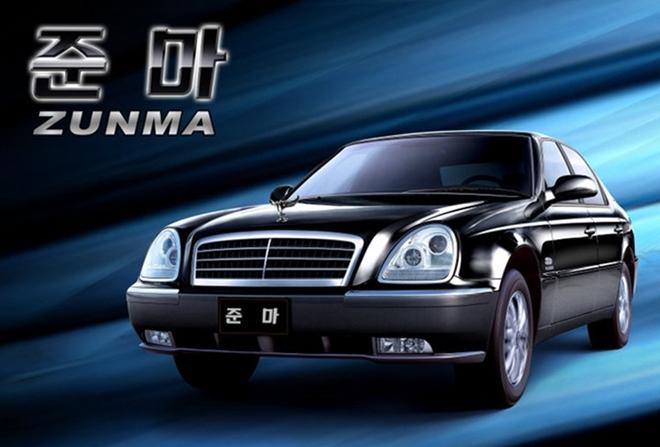 Mẫu xe Zunma của Pyeonghwa có nét thiết kế giống chiếc Mercedes E320 đời 1997 và đèn pha của Ford Scorpio đời 2004.