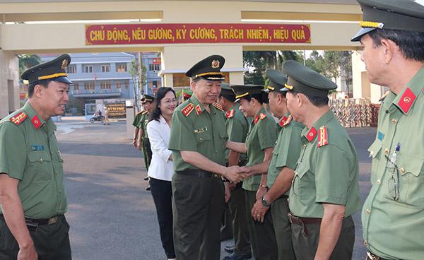 Bộ trưởng Tô Lâm kiểm tra công tác tại Công an tỉnh Bạc Liêu - Ảnh minh hoạ 2