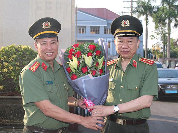 Bộ trưởng Tô Lâm kiểm tra công tác tại Công an tỉnh Bạc Liêu - Ảnh minh hoạ 8