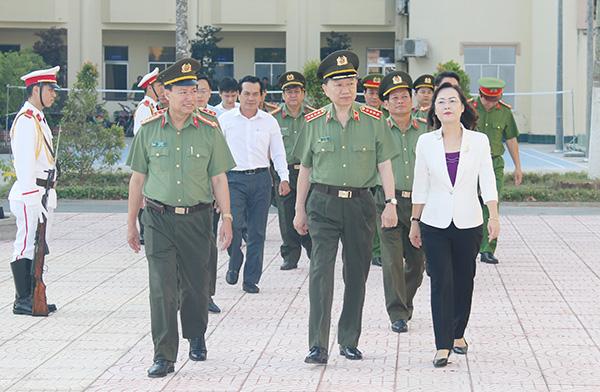 Bộ trưởng Tô Lâm kiểm tra công tác tại Công an tỉnh Bạc Liêu - Ảnh minh hoạ 4