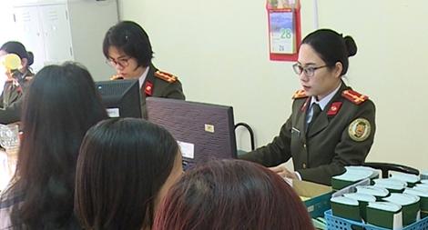 Phụ nữ Công an tỉnh Thái Bình: Ghi dấu ấn bằng những việc làm thiết thực