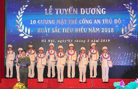 """Gương mặt trẻ Việt Nam tiêu biểu 2018: Chuyện của Hiếu """"mờ""""… - Ảnh minh hoạ 2"""