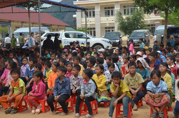 Khám chữa bệnh và tuyên truyền pháp luật cho người dân Quảng Hòa – Đắk Nông - Ảnh minh hoạ 7