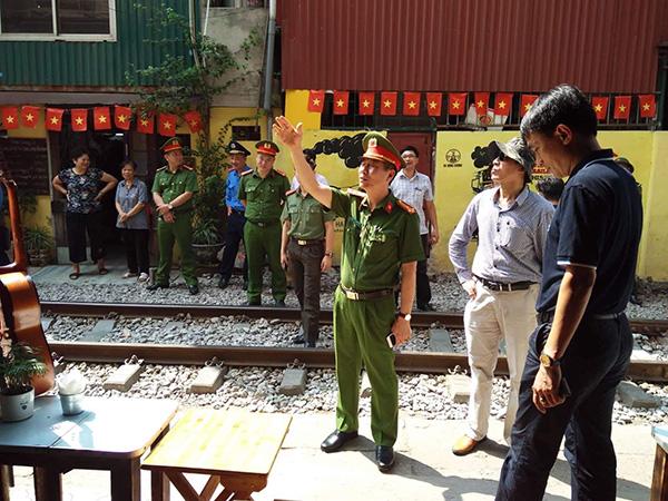 Ra quân lập lại trật tự hành lang đường sắt - Ảnh minh hoạ 10