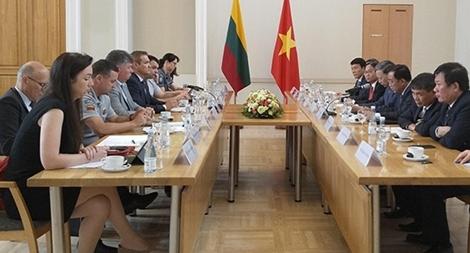 Việt Nam – Lithuania tăng cường quan hệ hợp tác hữu nghị truyền thống