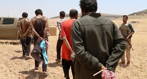 Liên minh chống IS chia rẽ vì sự hồi hương các tay súng khủng bố