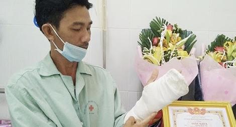 Bộ trưởng Tô Lâm gửi Thư khen Công an viên dũng cảm, xả thân bắt tội phạm