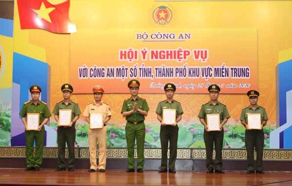 Thứ trưởng Nguyễn Duy Ngọc chủ trì hội nghị Hội ý nghiệp vụ - Ảnh minh hoạ 2