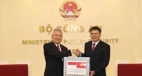Bộ Công an Việt Nam hỗ trợ Indonesia phòng, chống dịch COVID-19