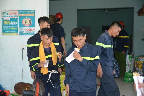 Động viên lực lượng chữa cháy rừng tại huyện Diễn Châu