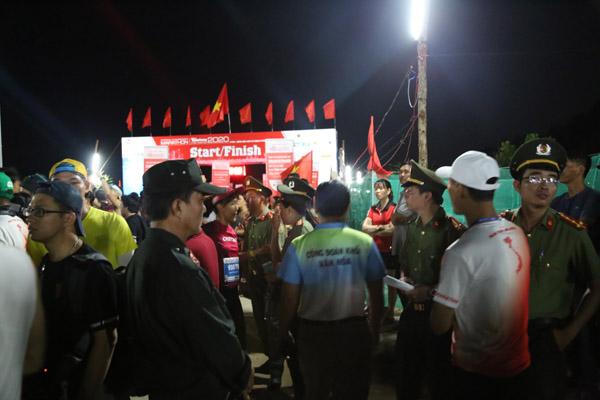 Bảo đảm an ninh cho hàng người chạy marathon trên đảo Lý Sơn - Ảnh minh hoạ 2