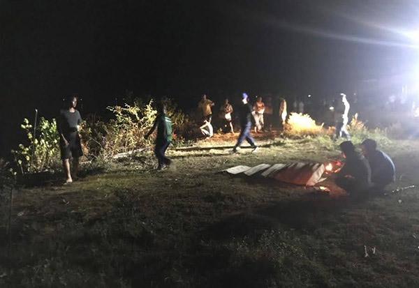 Đến 3h sáng, cả 3 nạn nhân được tìm thấy.