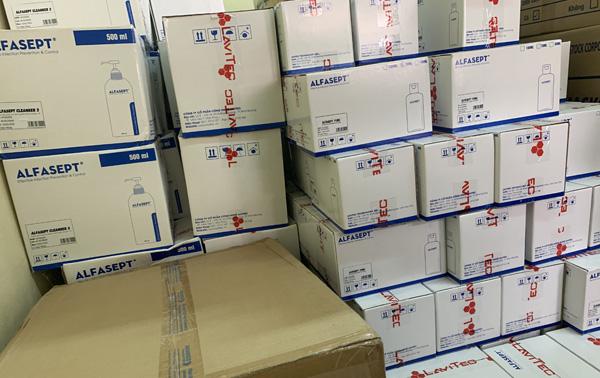 Chuyển trang thiết bị, hóa chất phòng chống dịch hỗ trợ Công an 7 tỉnh thành - Ảnh minh hoạ 3