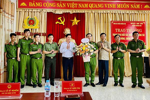 Thưởng 40 triệu đồng cho Công an huyện Hoằng Hoá - Ảnh minh hoạ 2