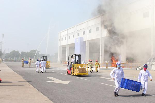 Diễn tập quy mô lớn chữa cháy và cứu nạn cứu hộ tại Công ty Honda Việt Nam