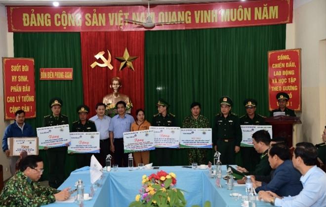VietinBank hỗ trợ quân dân khu vực biên giới khắc phục thiệt hại do mưa lũ - Ảnh minh hoạ 4