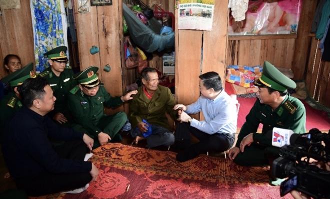 VietinBank hỗ trợ quân dân khu vực biên giới khắc phục thiệt hại do mưa lũ - Ảnh minh hoạ 2
