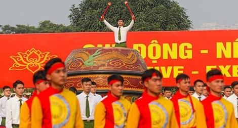 Sơ duyệt biểu diễn trống hội chào mừng thành công Đại hội lần thứ XIII của Đảng