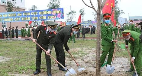 Công an tỉnh Nghệ An phát động Tết trồng cây