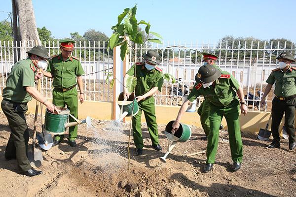 Đảm bảo tốt nhất cho công tác giữ gìn ANTT trên địa bàn tỉnh Bà Rịa-Vũng Tàu - Ảnh minh hoạ 3