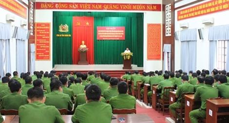 Tập huấn tiếp xúc cử tri cho cán bộ Công an là ứng cử viên HĐND các cấp