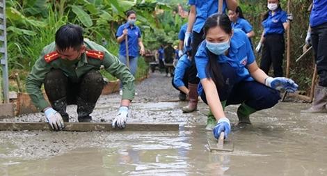 """Tuổi trẻ Công an Sơn La với """"Chiến dịch thanh niên tình nguyện hè"""" năm 2021"""