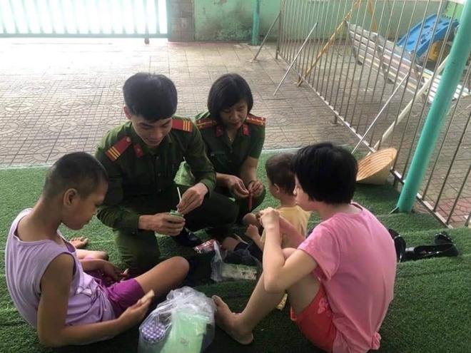 Gần 10,9 tỷ đồng giúp trẻ em nghèo và học sinh nghèo vượt khó ở Đà Nẵng - Ảnh minh hoạ 6