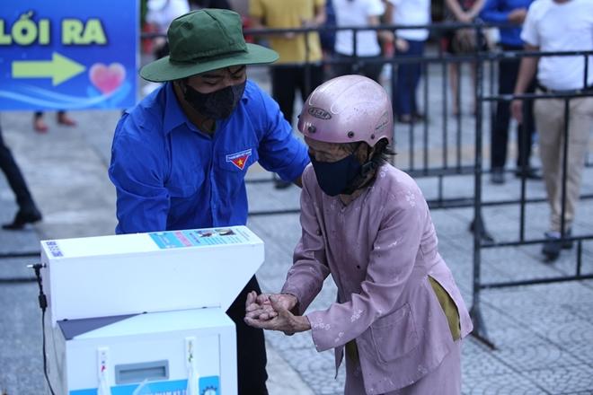 Đà Nẵng lắp đặt cây ATM gạo nghĩa tình cho người dân - Ảnh minh hoạ 12